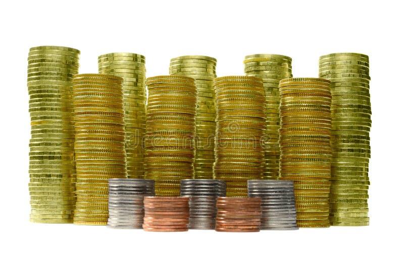 Bild av myntbuntar på vit bakgrund för ekonomiskt begrepp för affär royaltyfri foto
