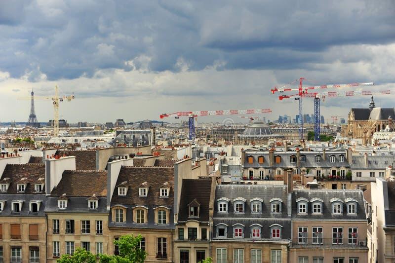 Bild av Paris som tas från Montmartre royaltyfria bilder