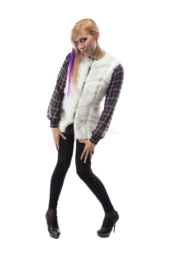 Bild der Blondine in der weißen Pelzjacke, Kinn unten lizenzfreies stockfoto