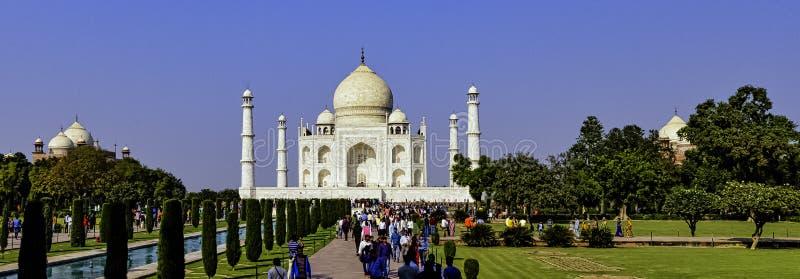 Bild der Krone der Paläste - Taj Mahal in Agra, Indien lizenzfreies stockfoto