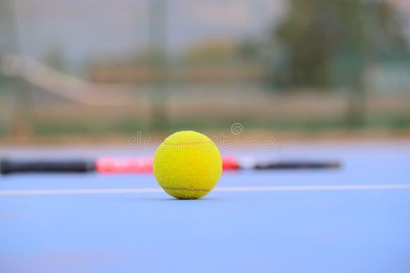 Bild des Tennisballs lizenzfreie stockfotos