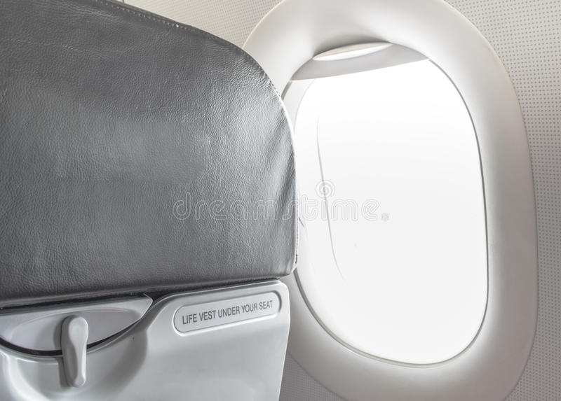 Bild von befestigen Sicherheitsgurt während Sitzzeichen stockfotos