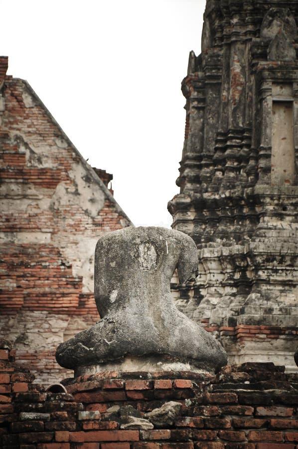 Bild von Buddha ohne Kopf stockfoto