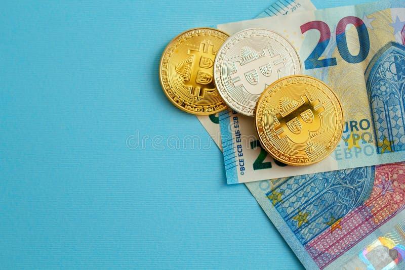 Bild von Gold-bitcoins über Eurogeld Digital-Geld-Konzept lizenzfreies stockfoto