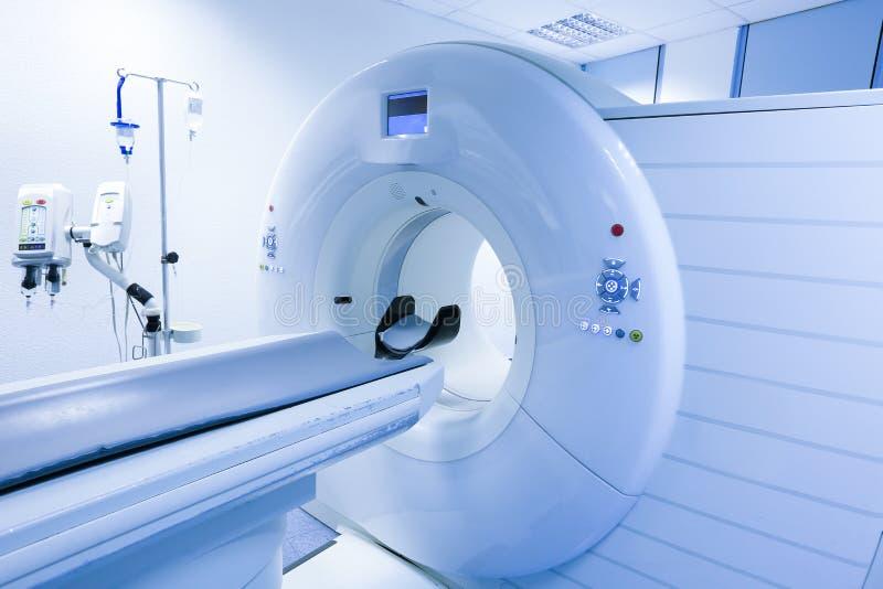 Bildläsare för CT (beräknad tomography) i sjukhus royaltyfria bilder