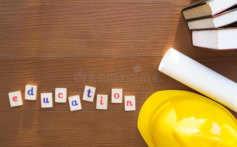Download Bildungs-Konzept: Flache Lage Stockbild - Bild von stapel, schreibtisch: 90237041