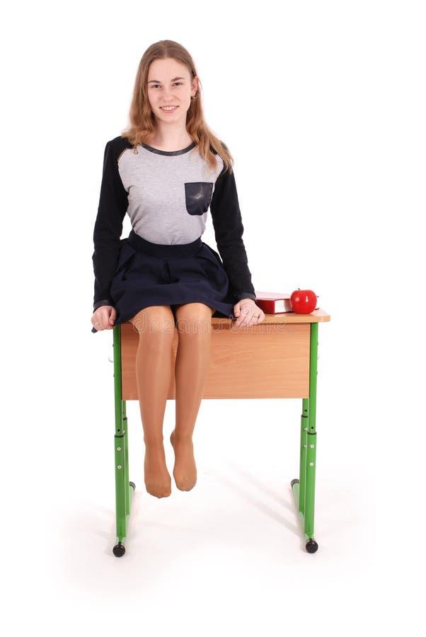 Bildungs-, Leute-, Jugendlich- und Schulkonzept - Jugendlichschulmädchen lizenzfreies stockfoto