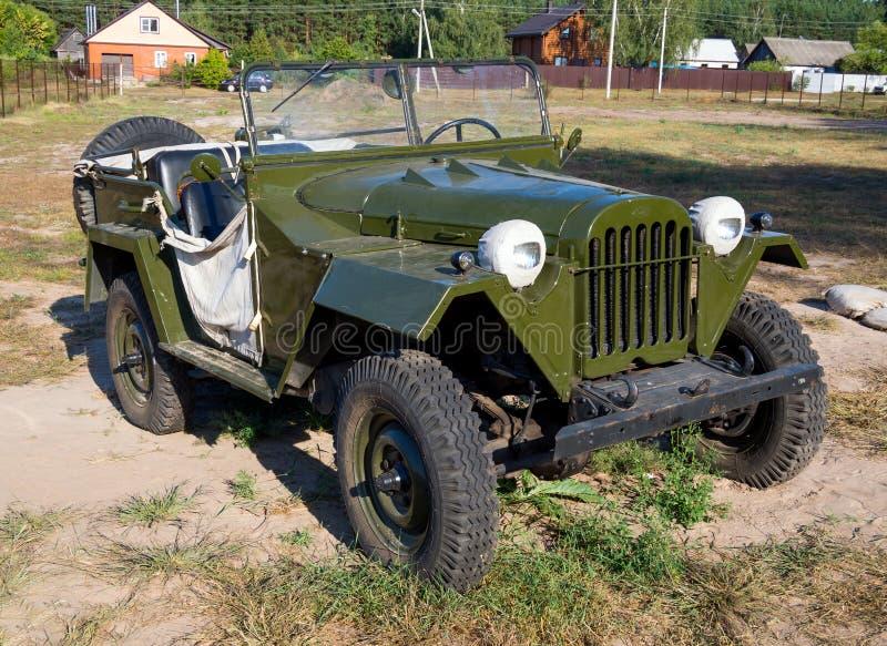 Bilen av den sovjetiska armén 'Ivan-Willis' GAZ-67 royaltyfria bilder