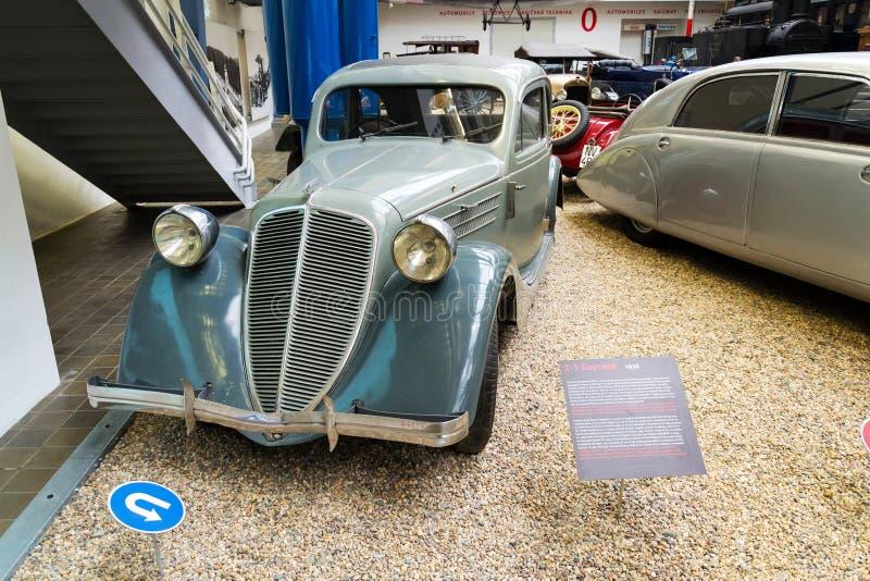 Bilen Zbrojovka Z-5 som är uttrycklig från år 1936, står i nationellt tekniskt museum royaltyfri foto