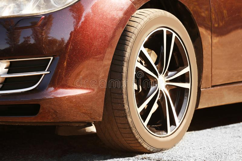 Bilgummihjul, closeup arkivbilder