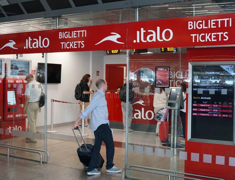 Bilheteira italiana de Italo da empresa de transporte fotos de stock royalty free