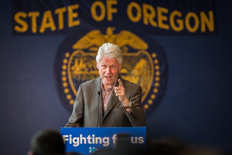 Bill Clinton Stumps für Hillary in der Biegung, Oregon stockbild