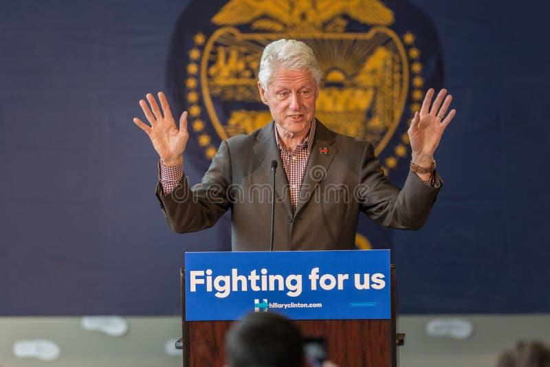 Bill Clinton Stumps pour Hillary dans la courbure, Orégon photo stock