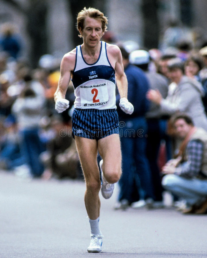 Download Bill Rodgers Boston Maratoński Biegacz Obraz Stock Editorial - Obraz złożonej z brać, marathoner: 41950584