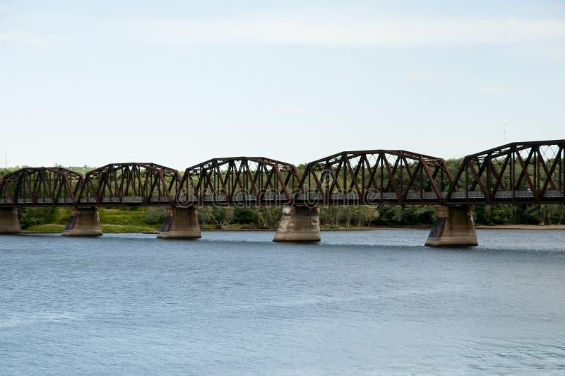 Bill Thorpe Walking Bridge - Fredericton - Canadá fotos de archivo