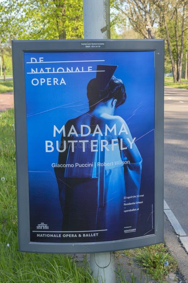Billboard De Nationale Opera gnädige Frau Schmetterling in Amsterdam die Niederlande 2019 lizenzfreie stockfotos