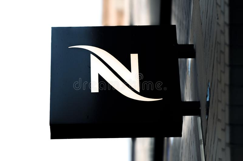 Billboard Nescafe À Amstelveen (Pays-Bas) 2019 images libres de droits
