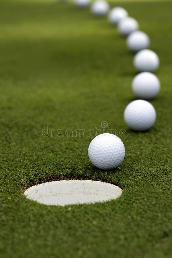 Bille de golf - rupture du putt image libre de droits
