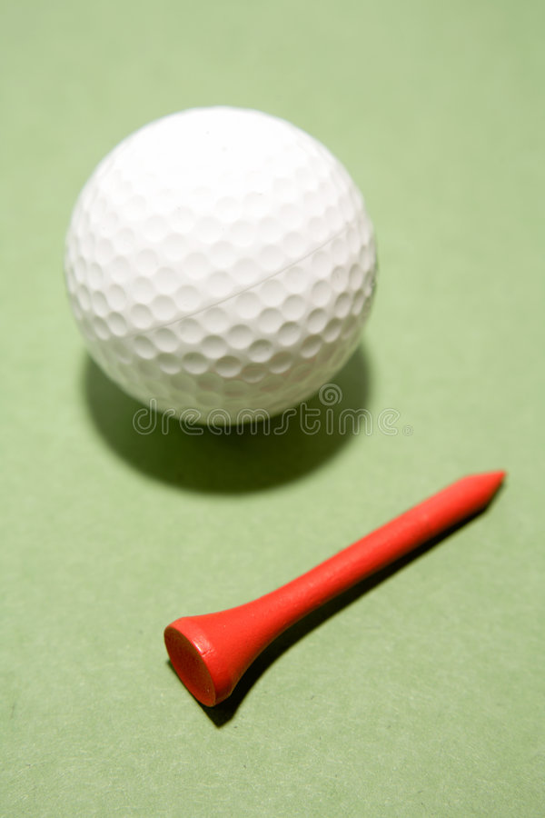 Bille Et Té De Golf Image libre de droits