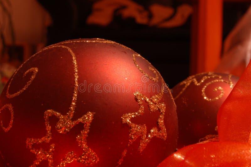 Bille rouge d'arbre de Noël photo stock