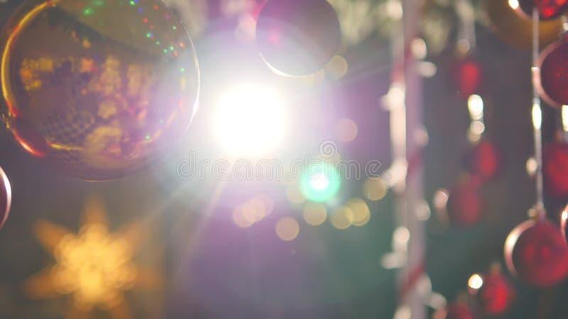 Billes colorées de Noël Ensemble de décorations réalistes d'isolement photos stock