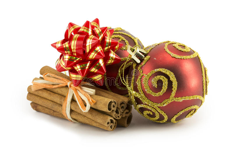 Billes d'an neuf, de Noël, décorations et cadeaux photographie stock