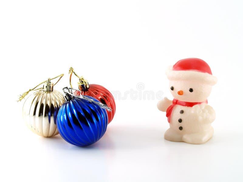 Billes de bonhomme de neige et de Noël images libres de droits
