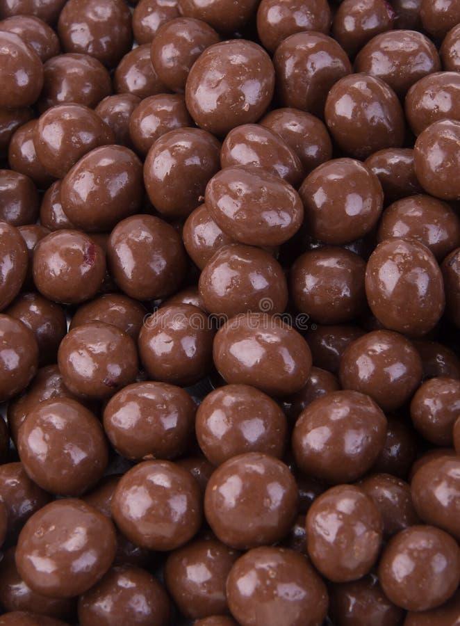 Billes de chocolat boules de chocolat sur un fond images stock