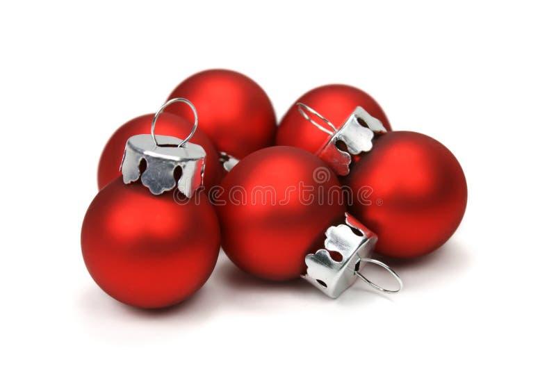Billes de Noël (chemin de découpage compris) photo stock