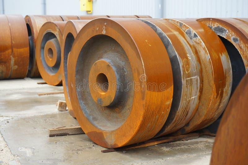 Billet vom Eisen für die Herstellung von Rädern lizenzfreie stockbilder