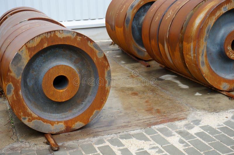 Billet vom Eisen für die Herstellung von Rädern lizenzfreie stockfotos