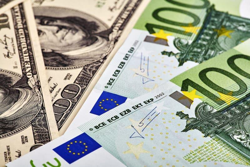 Billetes de banco de USD EUR foto de archivo