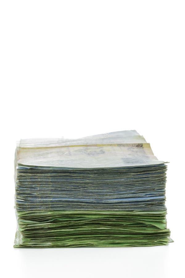 Billetes de banco del dinero de Tailandia apilados foto de archivo libre de regalías