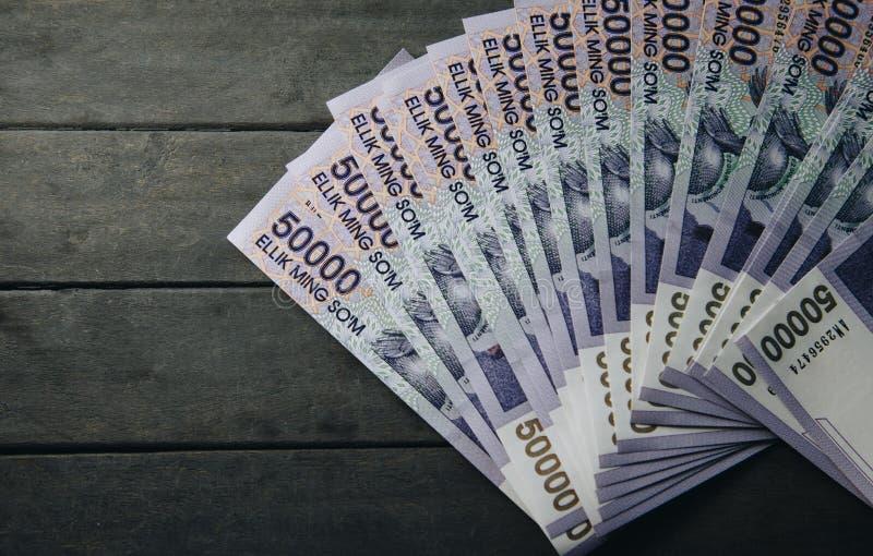 Billetes de banco del Uzbek Cincuenta mil sumas del Uzbek foto de archivo libre de regalías