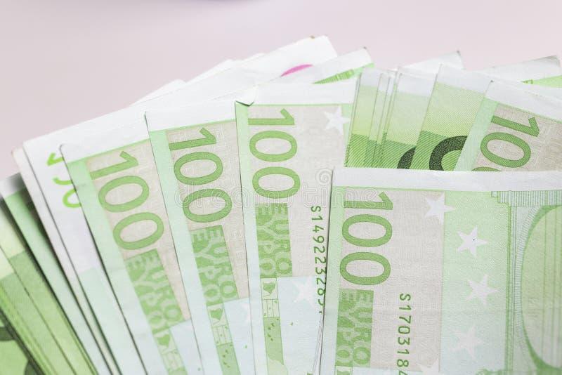 Billetes de banco euro - moneda europea fotos de archivo libres de regalías