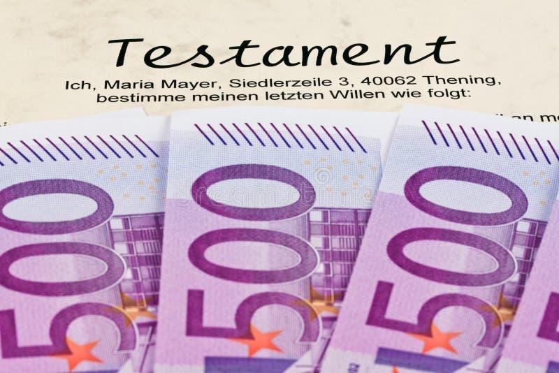 Billetes de banco euro y voluntades imagen de archivo libre de regalías