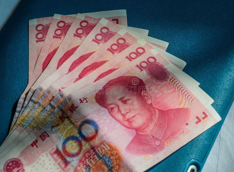 100 billetes de banco de Renminbi RMB foto de archivo