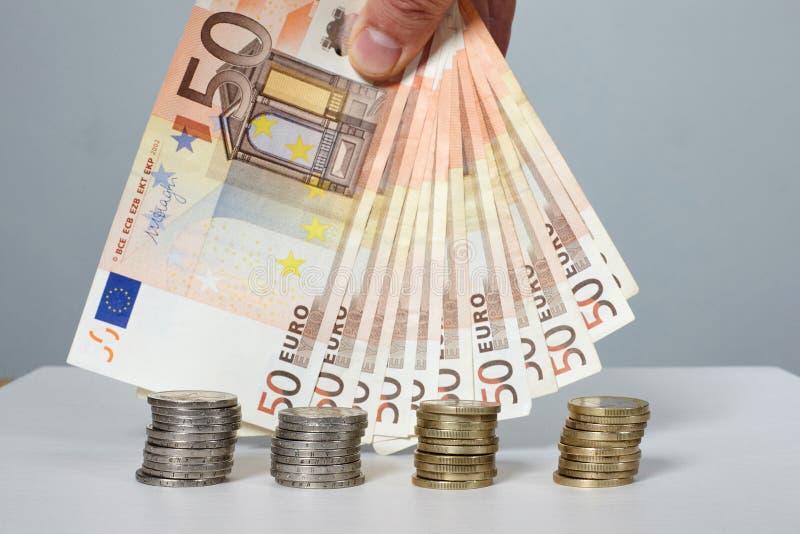 Billetes de banco y monedas Dinero foto de archivo libre de regalías