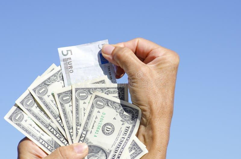 Billets de banque d'euro et de dollar US III photographie stock