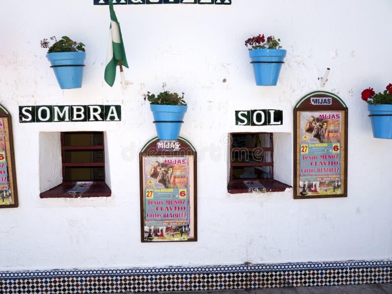 Billetterie d'arène à Mijas en Espagne du sud images stock