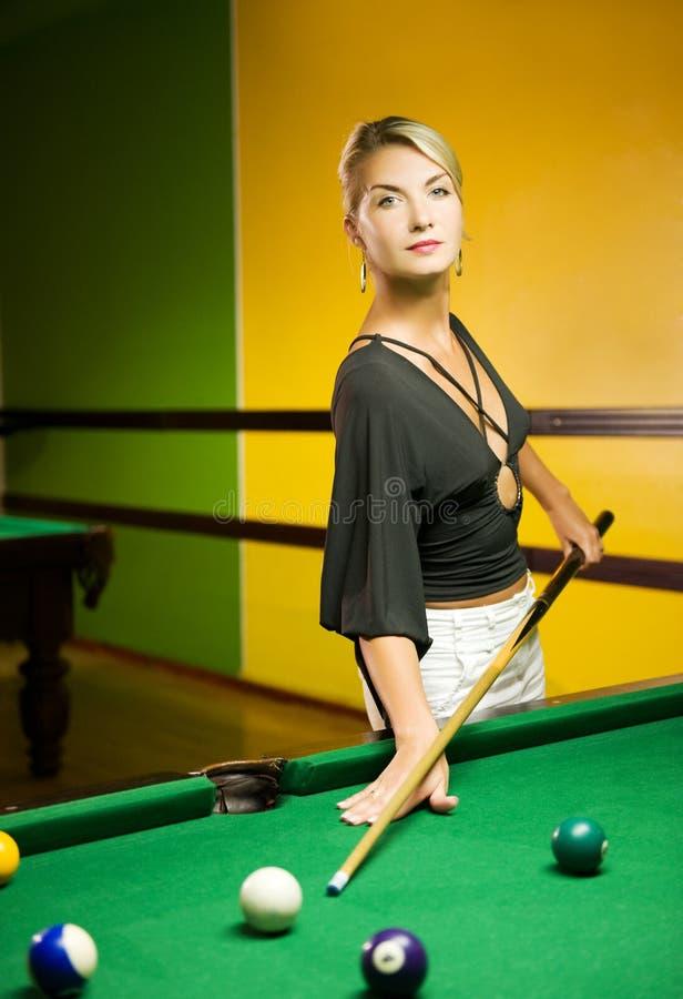 billiards bawić się kobiety zdjęcia stock
