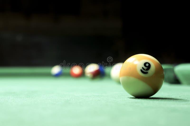 billiards Tabela de bilhar verde com bolas imagem de stock royalty free