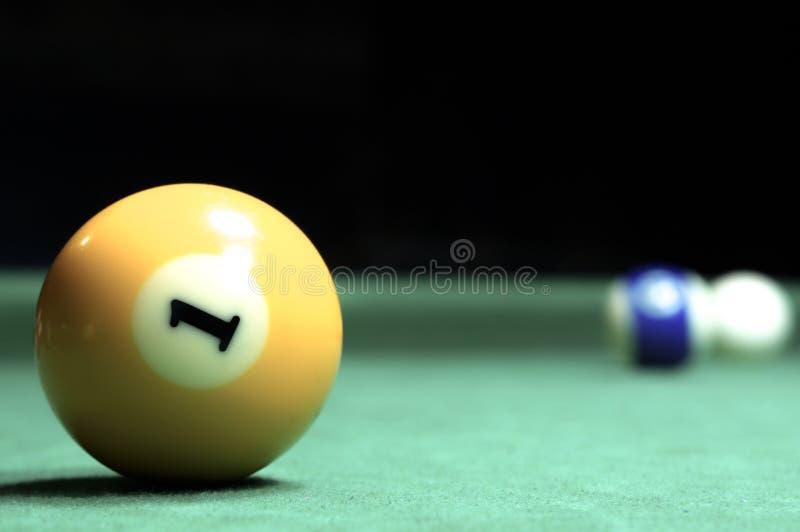 billiards Tabela de bilhar verde com bolas fotos de stock