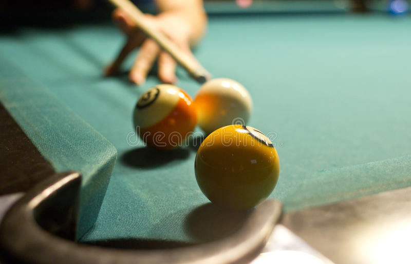 Billiardschuß lizenzfreie stockfotos