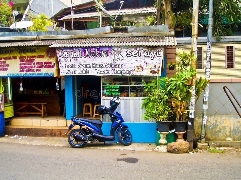 Billiges Restaurant in Jakarta, Indonesien stockfoto