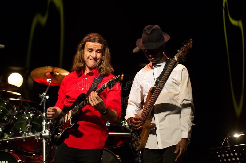 Billy Cobham Band vivo na fase no GELO Cracow foto de stock royalty free