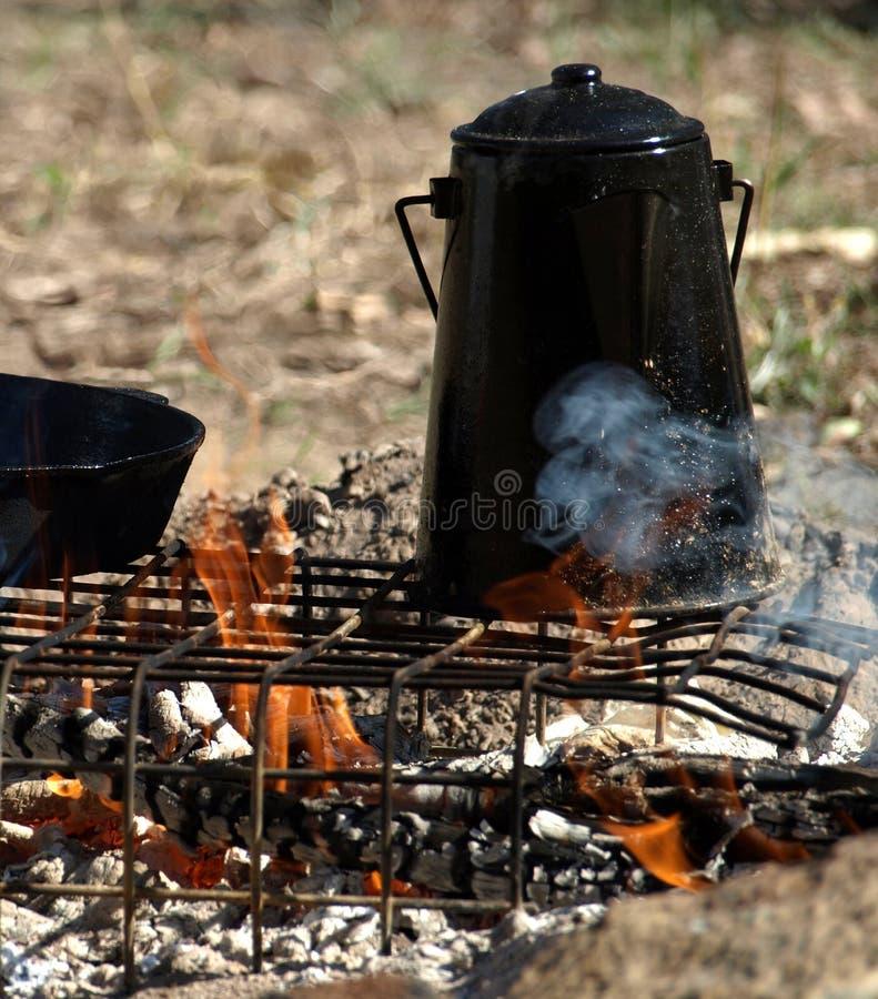 Billy noir sur l'incendie images libres de droits