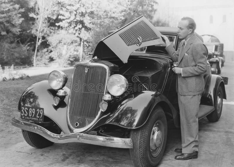 Bilproblem royaltyfria bilder