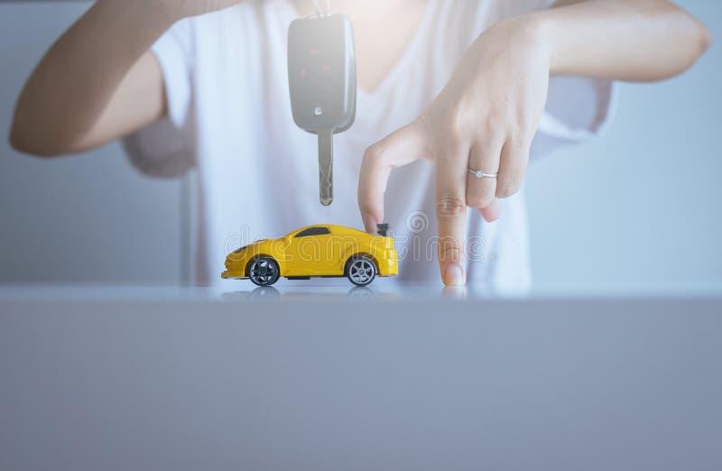 Biltangent förestående för medelförsäljningsöverenskommelse, bilfinans och lånbegrepp arkivfoto