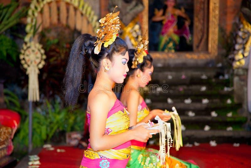 bina舞蹈legong ramayana remaja马戏团 免版税库存图片